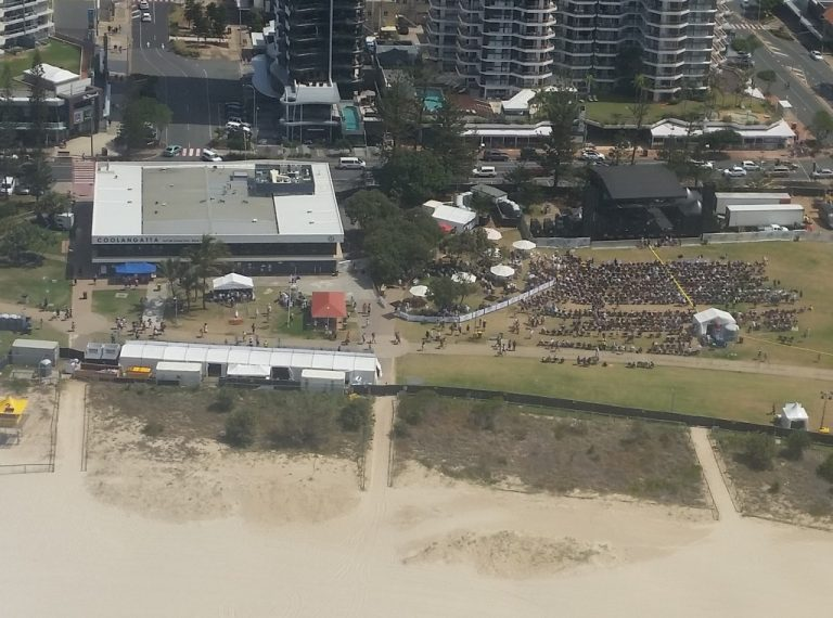 SKY-ADS flies past everything that happens on the Gold Coast. including this beach concert