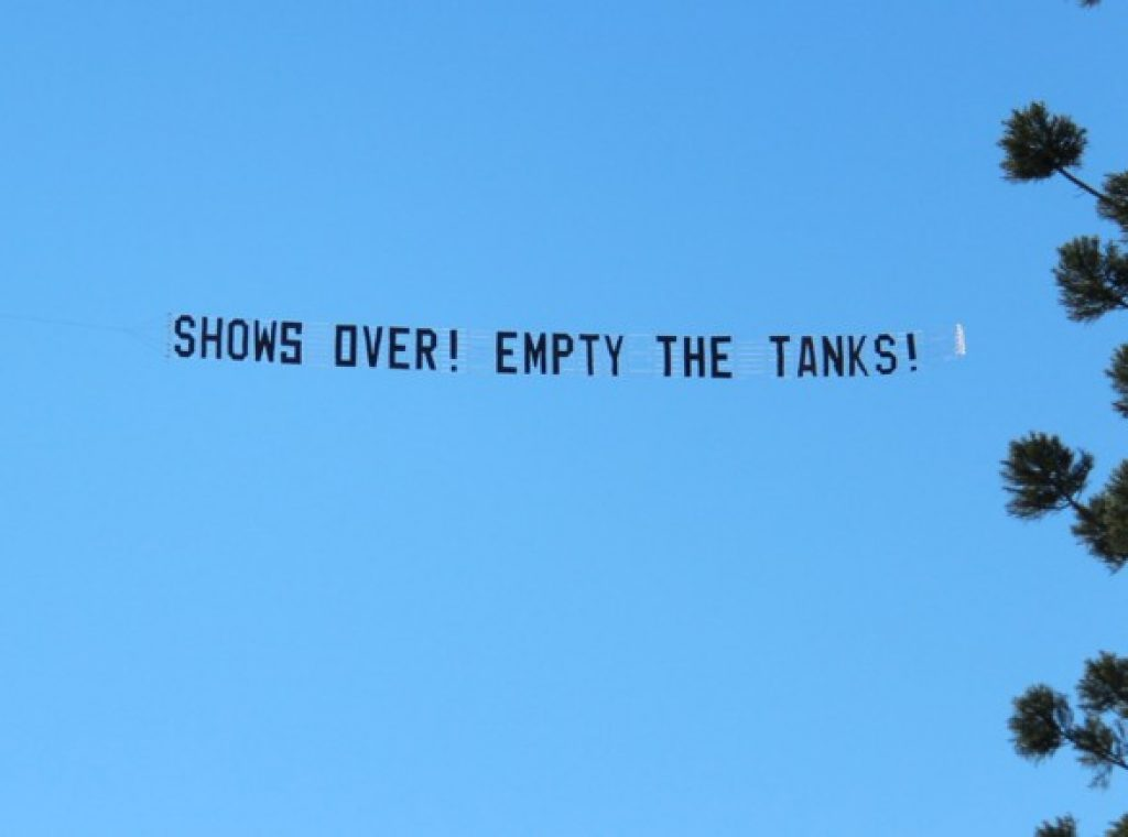 show-is-over!-empty-the-tanks-skywriting