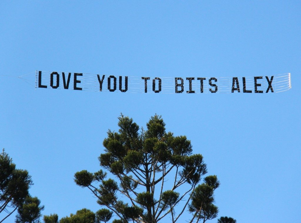 love you to bits, message in sky behind plane